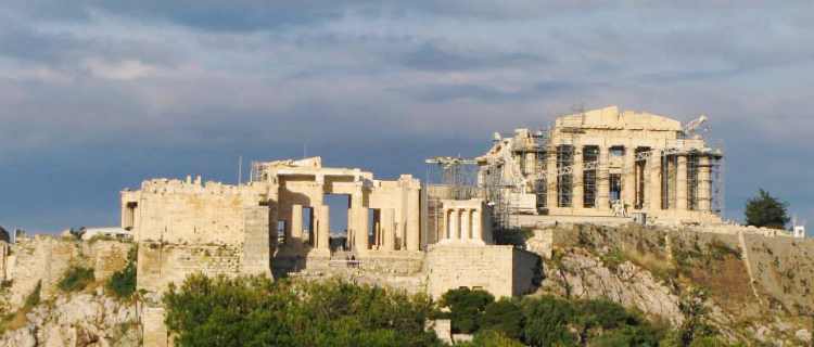 A Complete Guide to the Acropolis in Athens, Greece | Her Life in Ruins