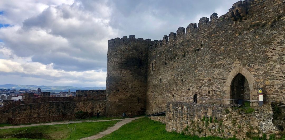 The History and Secrets of the Castillo de los Templarios | Her Life in Ruins